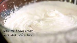 Đam Mê Ẩm Thực Cho-kem-whipping-vào-bát-và-đánh-bông2-300x169