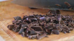 Đam Mê Ẩm Thực Nghiền-nhỏ-chocolate-300x169