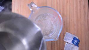 Đam Mê Ẩm Thực cho-nước-vào-bình-300x169