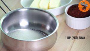 Đam Mê Ẩm Thực Cho-đường-bột-cacao-vào-nồi-và-trộn-đều-300x169