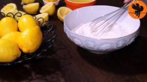 Đam Mê Ẩm Thực Cho-đường-bột-mì-đa-dụng-vào-bát-và-trộn-đều3-300x169