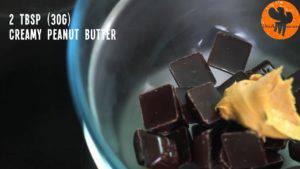 Đam Mê Ẩm Thực Cho-Chocolate-2-tbsp-30g-bơ-lạc-vào-bát.-Đun-cách-thủy-và-khuấy-đều-cho-đến-khi-tan-đều2-300x169
