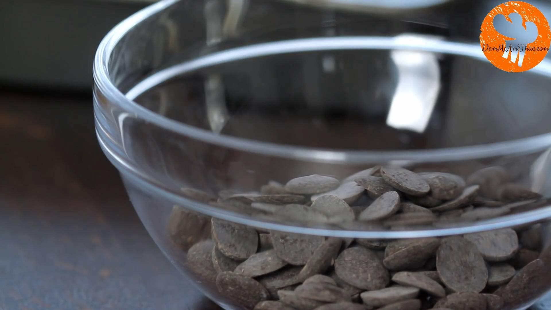 Đam Mê Ẩm Thực Cho-Chocolate-vào-bát2