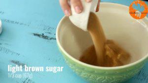 Đam Mê Ẩm Thực Cho-bơ-đường-nâu-vào-bát-và-trộn-đều2-300x169