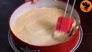 Đam Mê Ẩm Thực Cho-bơ-vào-bát-đường-và-đánh-đều-Thêm-lòng-đỏ-trứng-lần-lượt-Sour-cream-chiết-suất-vani-vỏ-chanh-bột-mì-và-đánh-đều-13-300x169