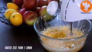 Đam Mê Ẩm Thực Cho-bơ-vào-bát-đường-và-đánh-đều-Thêm-lòng-đỏ-trứng-lần-lượt-Sour-cream-chiết-suất-vani-vỏ-chanh-bột-mì-và-đánh-đều-9-300x169