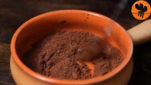 Đam Mê Ẩm Thực Cho-bột-cacao-đường-muối-4-tsp-sữa-vào-bát-và-trộn-cho-đến-khi-quyện-đều6-300x169
