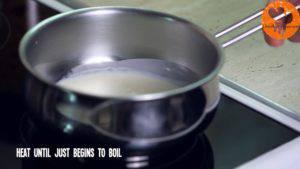 Đam Mê Ẩm Thực Cho-kem-Whipping-vào-nồi-và-đun-sôi-nhẹ-với-lửa-nhỏ2-300x169
