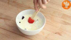 Đam Mê Ẩm Thực Cho-kem-Whipping-vừa-đun-sôi-vào-bát-Chocolate-và-khuấy-đều-cho-đến-khi-tan-và-quyện-đều2-300x169