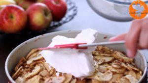 Đam Mê Ẩm Thực Cho-kem-lên-mặt-bánh.-Trải-đều-và-cho-vào-lò-nướng-thêm-20-phút-cho-đến-khi-kem-có-màu-vàng-nâu-300x169