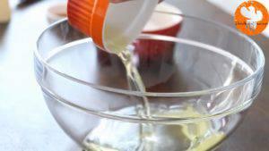 Đam Mê Ẩm Thực Cho-lòng-trắng-trứng-vào-bát-và-đánh-bông-300x169