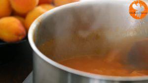 Đam Mê Ẩm Thực Cho-mơ-đường-nước-lọc-nước-cốt-chanh-vào-nồi.-Đun-sôi-với-lửa-vừa-và-khuấy-đều-trong-20-30-phút-cho-đến-khi-nhuyễn-và-có-dạng-đặc-sánh7-300x169