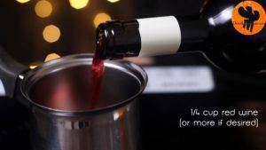 Đam Mê Ẩm Thực Cho-rượu-vang-đỏ-vào-nồi-và-đun-nhỏ-lửa-cho-đến-khi-sôi-nhẹ-300x169