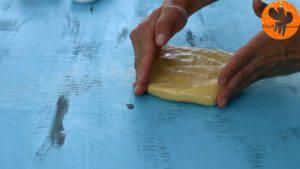 Đam Mê Ẩm Thực Rồi-cho-hỗn-hợp-ra-màng-bọc-thực-phẩm-và-gói-lại-300x169