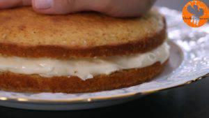 Đam Mê Ẩm Thực Sau-đó-đặt-mặt-bánh-lên-trên-lớp-nhân-kem-1-300x169