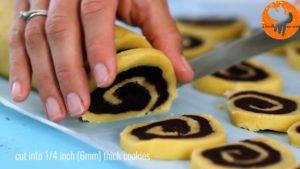 Đam Mê Ẩm Thực Sau-khi-bánh-lạnh-cắt-bánh-thành-từng-lát-kích-thước-2-300x169