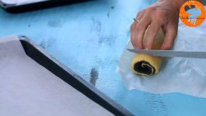 Đam Mê Ẩm Thực Sau-khi-bánh-lạnh-cắt-bánh-thành-từng-lát-kích-thước-300x169