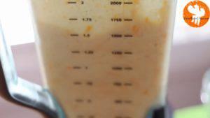 Đam Mê Ẩm Thực Thêm-đá-viên-nước-lọc-sữa-đặc-không-đường-đường-nâu-kem-Whipping-vào-máy-và-xay-đều-cho-đến-khi-nhuyễn5-300x169