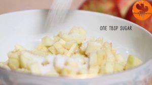 Đam Mê Ẩm Thực Thêm-1-tbsp-đường-bột-quế-bột-nhục-đậu-khấu-và-trộn-đều-300x169