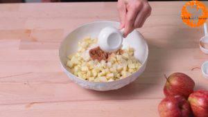 Đam Mê Ẩm Thực Thêm-1-tbsp-đường-bột-quế-bột-nhục-đậu-khấu-và-trộn-đều3-300x169