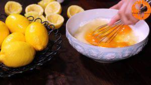 Đam Mê Ẩm Thực Thêm-4-quả-trứng-và-trộn-cho-đến-khi-quyện-đều2-300x169