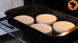 Đam Mê Ẩm Thực Thêm-nước-nóng-vào-nửa-khay-và-nướng-trong-30-35-phút2-300x169