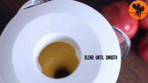 Đam Mê Ẩm Thực Thêm-sữa-chua-sữa-tươi-bí-ngô-xay-nhuyễn-táo-chuối-bột-quế-bột-hạt-nhục-đậu-khấu-chiết-suất-vani-mật-ong-6-viên-đá-và-xay-cho-đến-khi-nhuyễn5-300x169