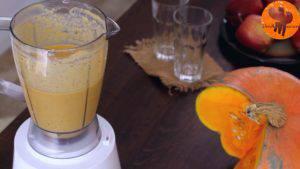 Đam Mê Ẩm Thực Thêm-sữa-chua-sữa-tươi-bí-ngô-xay-nhuyễn-táo-chuối-bột-quế-bột-hạt-nhục-đậu-khấu-chiết-suất-vani-mật-ong-6-viên-đá-và-xay-cho-đến-khi-nhuyễn6-300x169