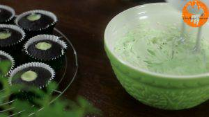 Đam Mê Ẩm Thực thêm-Màu-xanh-thực-phẩm.jpg-và-đánh-đều.jpg-1-300x169