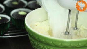 Đam Mê Ẩm Thực thêm-mascapone.jpg-1.jpg-đánh-đều-hỗn-hợp.jpg-thêm-đường-bột-300x169