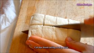 Đam Mê Ẩm Thực Cắt-đậu-thành-miếng-cỡ-hộp-diêm2