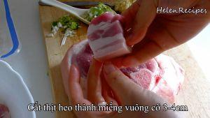 Đam Mê Ẩm Thực Cắt-thịt-heo-thành-miếng-vuông-cỡ-3-4-cm-và-cho-vào-bát