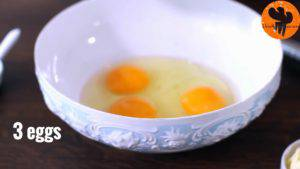 Đam Mê Ẩm Thực Cho-3-quả-trứng-đường-kính-muối-vào-bát-và-khuấy-đều-300x169