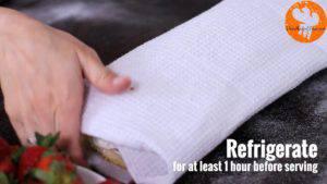 Đam Mê Ẩm Thực Cho-bánh-vừa-cuộn-vào-ngăn-mát-làm-lạnh-ít-nhất-1-tiếng-300x169