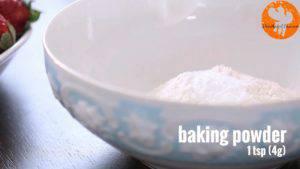 Đam Mê Ẩm Thực Cho-bột-mì-đa-dụng-bột-Baking-powder-muối-vào-bát-và-trộn-đều2-300x169