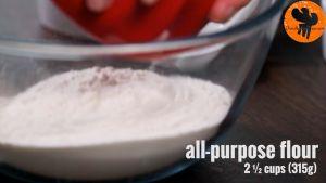 Đam Mê Ẩm Thực Cho-bột-mì-đa-dụng-muối-13-cup-60g-đường-vào-bát-và-trộn-đều