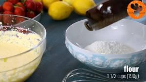 Đam Mê Ẩm Thực Cho-bột-mì-muối-bột-baking-soda-bột-baking-powder-vào-bát-và-khuấy-đều
