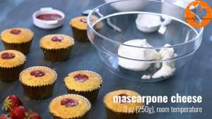 Đam Mê Ẩm Thực Cho-kem-Mascarpone-kem-Cream-cheese-vào-bát-và-đánh-cho-đến-khi-quyện-đều