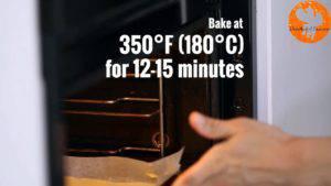 Đam Mê Ẩm Thực Cho-khuôn-vào-lò-và-nướng-trong-12-15-phút-300x169