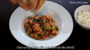 Đam Mê Ẩm Thực Cho-tôm-rim-thịt-ra-đĩa-thêm-hạt-tiêu-hành-lá-tùy-thích-và-hoàn-thành