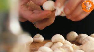Đam Mê Ẩm Thực Loại-bỏ-cuống-nấm-mỡ-và-làm-sạch2