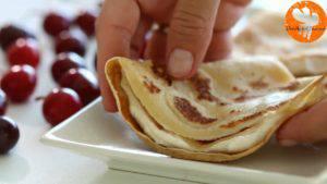 Đam Mê Ẩm Thực Phết-đều-kem-cheese-ở-bước-1-lên-nửa-mặt-bánh-và-gấp-lại-làm-4-8-300x169