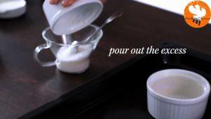 Đam Mê Ẩm Thực Phết-bơ-và-rắc-đường-kính-đều-mặt-rác-khuôn-Ramekin-5