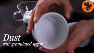 Đam Mê Ẩm Thực Phết-bơ-và-rắc-đường-kính-đều-mặt-rác-khuôn-Ramekin4