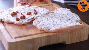 Đam Mê Ẩm Thực Rắc-thêm-phô-mai-Mozzarella-nạo-nhỏ-rau-tùy-thích-và-chút-muối