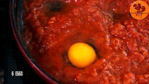 Đam Mê Ẩm Thực Sau-10-15-phút-thêm-6-quả-trứng-và-đậy-vung-đun-thêm-trong-10-15-phút-cho-đến-khi-trứng-chín