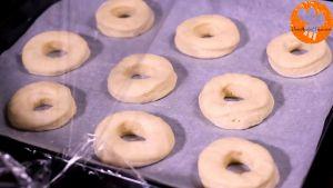 Đam Mê Ẩm Thực Sau-30-phút-loại-bỏ-màng-bọc.-Cho-khay-vào-lò-và-nướng-trong-8-10-phút-cho-đến-khi-bánh-có-màu-vàng-nâu
