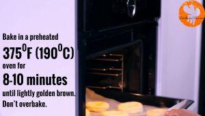 Đam Mê Ẩm Thực Sau-30-phút-loại-bỏ-màng-bọc.-Cho-khay-vào-lò-và-nướng-trong-8-10-phút-cho-đến-khi-bánh-có-màu-vàng-nâu2