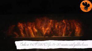 Đam Mê Ẩm Thực Sau-30-phút-quét-trứng-đã-đánh-đều-lên-mặt-bột.-Cho-khuôn-vào-lò-và-nướng-trong-15-20-phút-cho-đến-khi-bánh-có-màu-vàng-nâu4-300x169