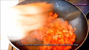 Đam Mê Ẩm Thực Thêm-đường-nước-mắmxì-dầu-vào-chảo-và-khuấy-đều-trong-3-phút-cho-đến-khi-cà-chua-ra-nước